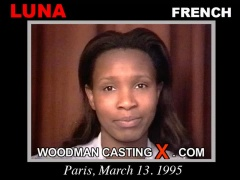 Download Luna casting video files. Pierre Woodman undress Luna, a French girl.